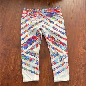 Athleta crop yoga pants